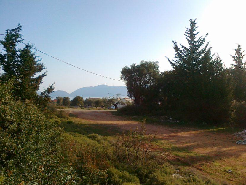 Land in Karavomilos with planning permisison