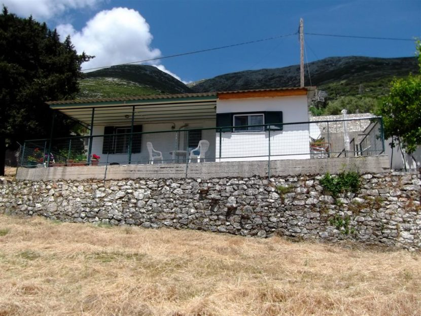 Traditional bungalow Dendrinata, Kefalonia
