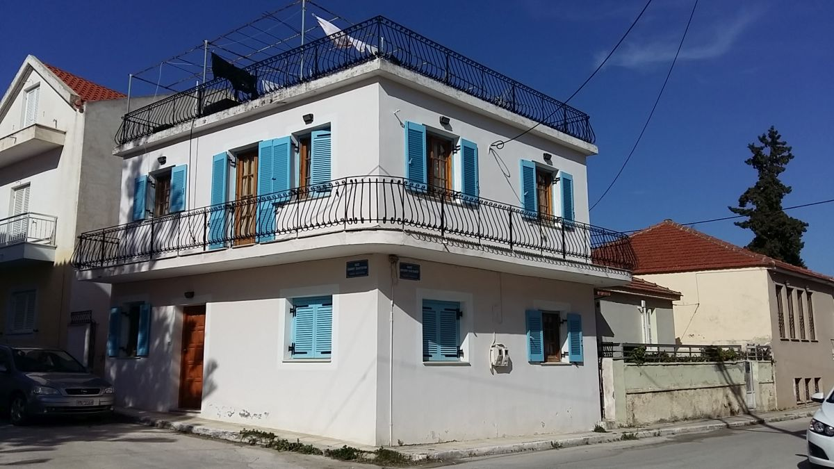 House in Lixouri for sale