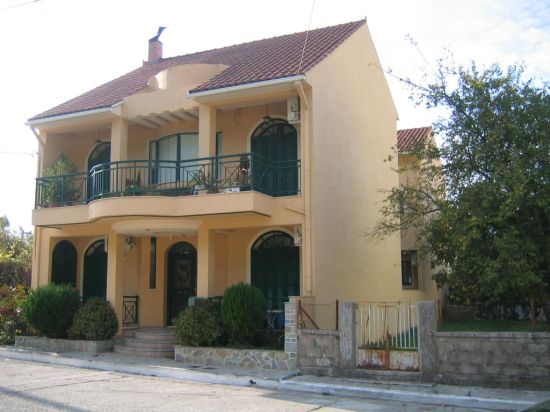 Studios and apartment for sale in Sami