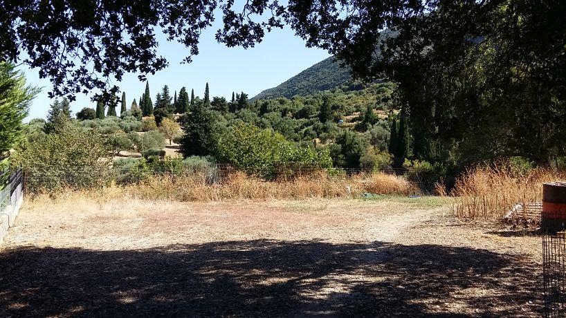 Landplot in Zervata