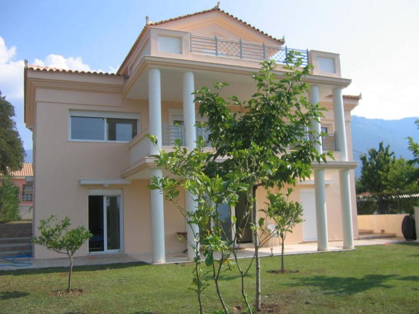 Luxury Villa in Zervata
